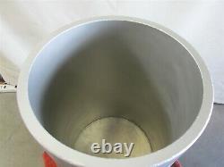 157 L 41 Gal. Liquid Nitrogen Dewar With Cryostat & More, Made in Germany -D8925