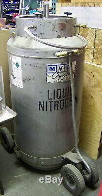 210 Liter Liquid Nitrogen Dewar