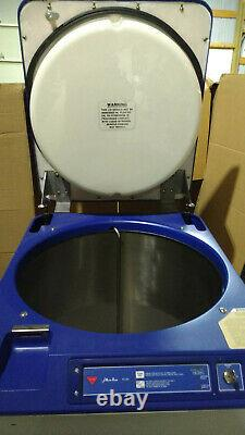 Cryosafe AB-1CS Autofilling Liquid Nitrogen Dewar, 165 Liter Capacity (no racks)