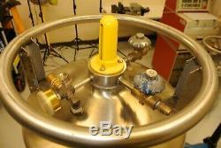 MVE Cryogenics DURA-LO II Liquid Nitrogen Dewar Cylinder